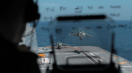 Harrier aterrizando