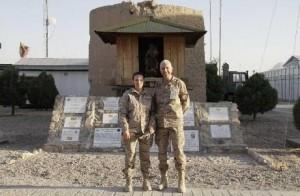 Laura García y Juan Carlos Rubio en Afganistán. Fuente: mde.es