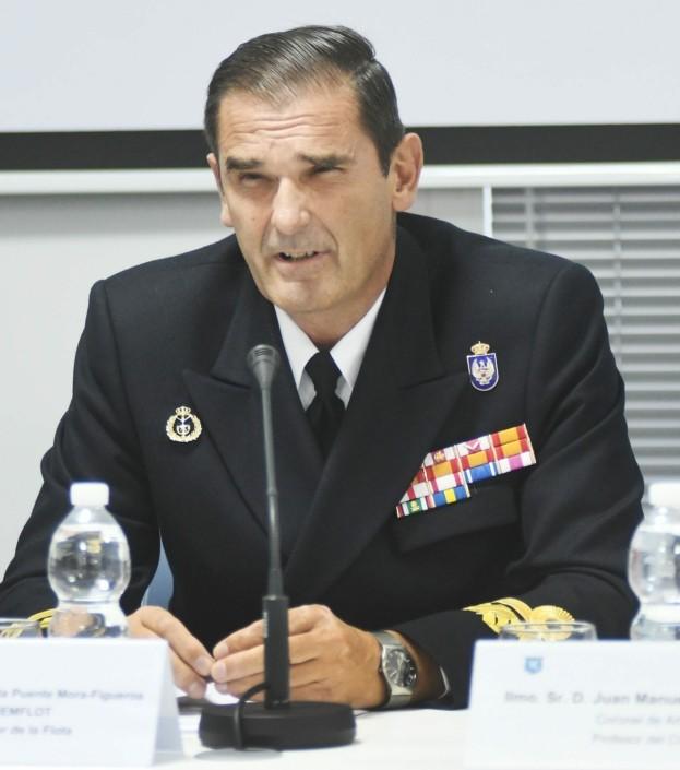 C. Alm. D. Íñigo de la Puente, jefe del Estado Mayor de la Flota.