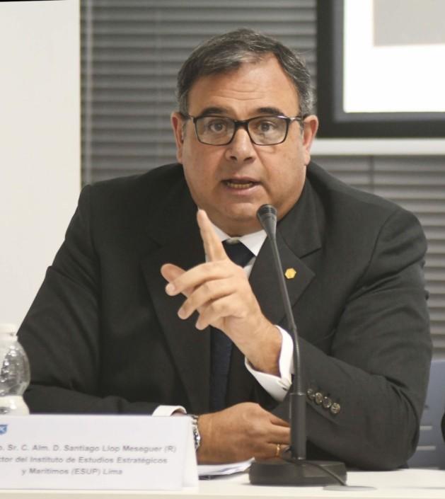C. Alm. D. Santiago Llop, director de Instituto de Estudios Estratégicos y Marítimos.
