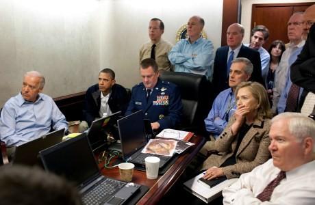 El Presidente Obama y el Vicepresidente Biden con otros miembros de la Administración estadounidense el día de la Operación Gerónimo