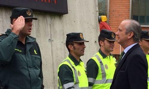 El Director General se reúne con el Sargento agredido en Alsasua , imagen oficial de la Guardia Civil