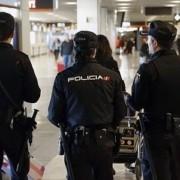 Policía Nacional en el Aeropuerto