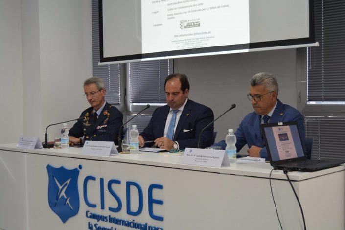 """Conferencia: """"La Reforma del Sector de Seguridad"""" Mesa Presidencial"""
