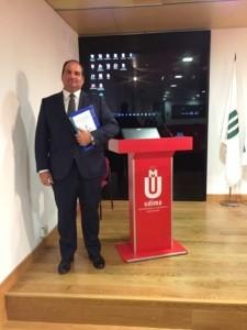 D. Carlos González de Escalada Álvarez. en la lectura de defensa de su tesis doctoral. Fuente: CISDE.